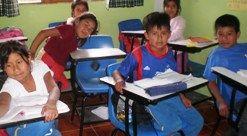 Voluntariado con niños en Guatemala