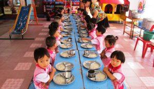 Comedor escuela voluntariado Tailandia