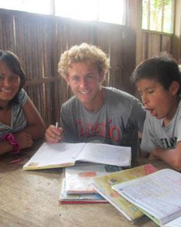 voluntariado-selva-de-peru