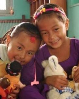 ayudar en escuela de katmandú