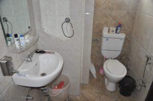 baño alojamiento Jaipur