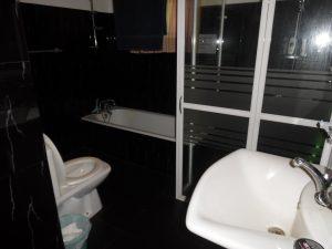 Baño casa de voluntarios